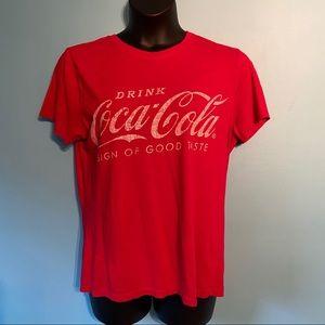🛍3/$25 Coca-cola t-shirt